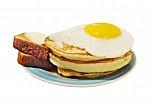 Закусочная Харчевня Три Пескаря - иконка «завтрак» в Яшалте